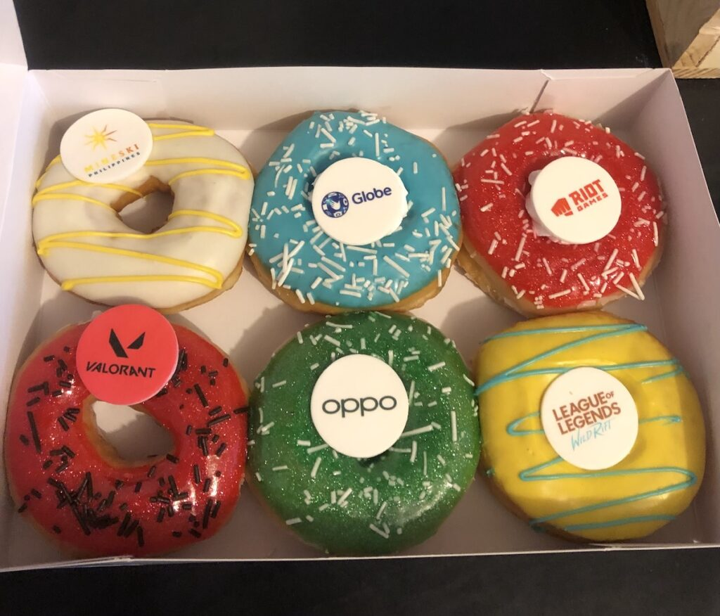 What happens when Mineski Philippines, Riot Games Southeast Asia, Globe Telecom, and OPPO team up for Philippine esports? You get a sweet treat for gamers.
