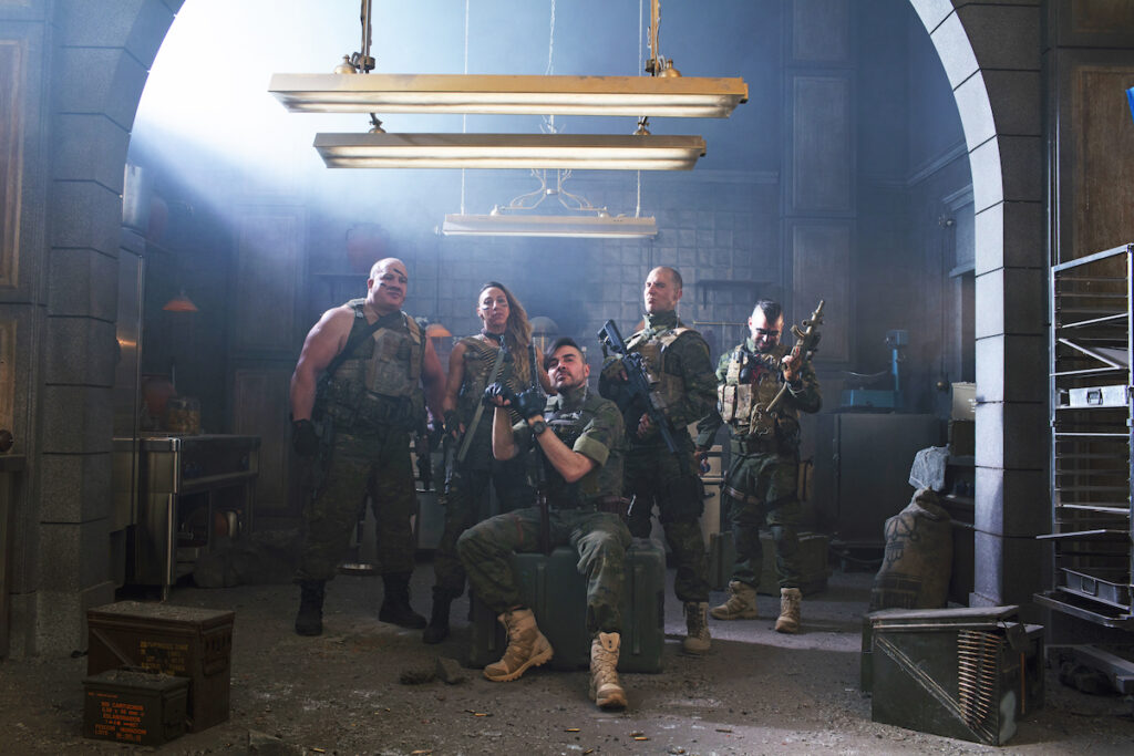 Can our beloved band of thieves survive against the military squad led by Sagasta (José Manuel Seda)? Image credit: Netflix